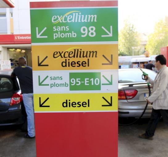 Le prix des carburants continue de baisser - leparisien.fr