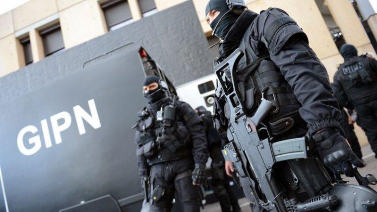 Un attentat déjoué de justesse à Lyon après l'arrestation de deux frères - lefigaro.fr