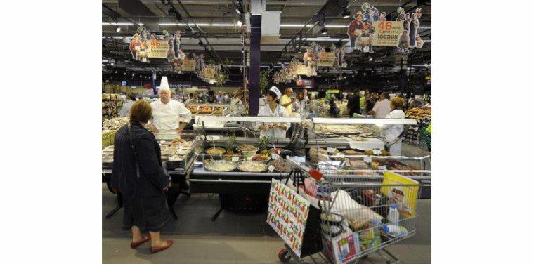 """Chariot ou panier en main, les courses sont de plus en plus une """"corvée"""" - tempsreel.nouvelobs.com"""