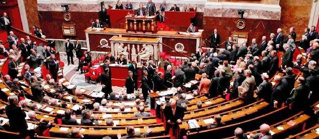 Assemblée nationale : le groupe PS perd la majorité absolue - lepoint.fr