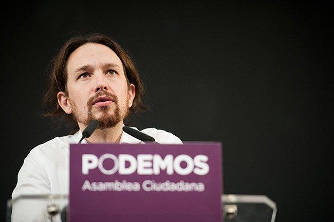 Pablo Iglesias : l'Allemagne et le FMI veulent « étrangler la Grèce » - AFP