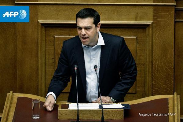 Grèce: le référendum du gouvernement Tsipras approuvé par le parlement - AFP