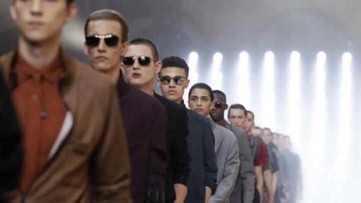 Mode: l'élégance sombre de Lanvin, Paul Smith de toutes les couleurs - AFP