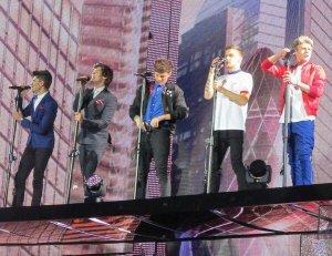 ~Chapitre12•Partie1~Suprise, concert des One Direction~
