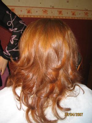 je lui ai fait une coloration blond cuivr pour attnu lorange avec une coupe et un brushing amricain - Coloration Blond Cuivr
