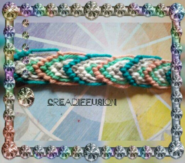 Voici un autre modeles de bracele bresilien c est un modele feuille qui peut etre refet avec les couleur de votre choix