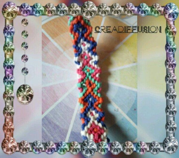 Voici un petit bracelet bresilien tapiserie