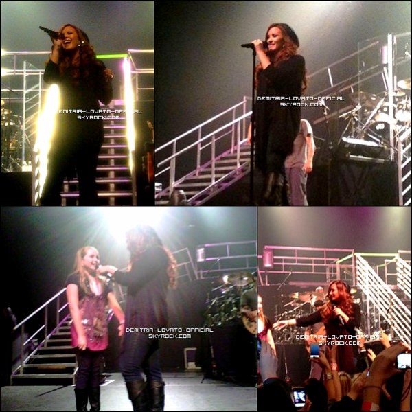 .  18.11.2011: Demi a fait un concert au MGM Grand Theater Foxwoods a  Mashantucket, CT   .