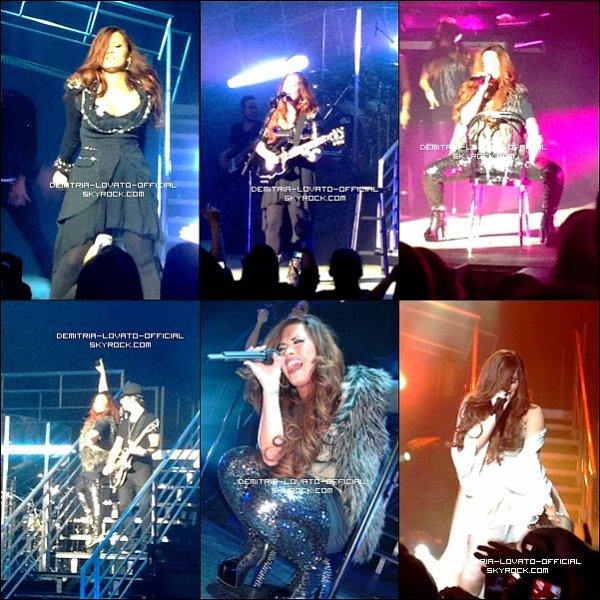 .    19.11.2011: Demi a continuer sa tournée en faisant un autre concert a Hershey   en Pennsylvanie   .