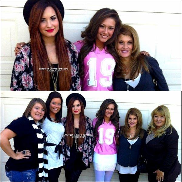 .24.11.2011: Demi a fêtait Thanksgiving avec sa famille a Dallas au Texas .