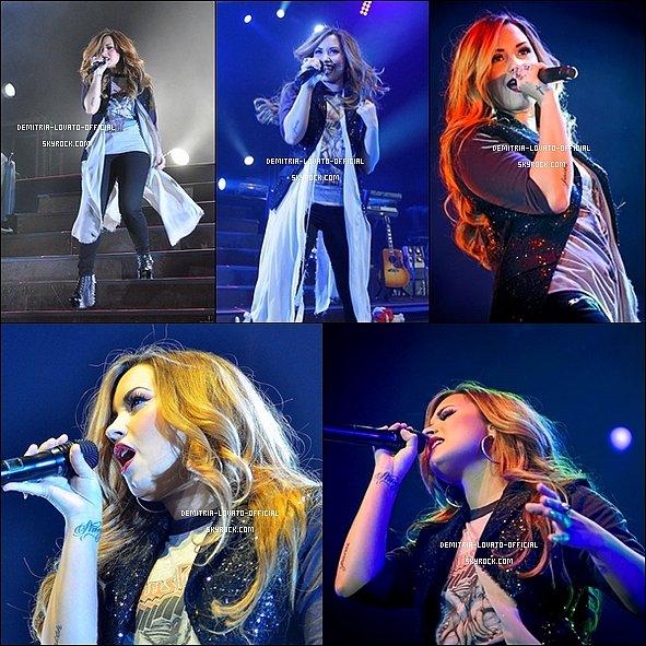 """-  27.04.2012  Demi  & sa troupe sont allée manger au SteakHouse en Argentine  28.04.2012 Découvre un photoshoot pour """"Fabulous Magazine """" un magazine Anglais  -"""