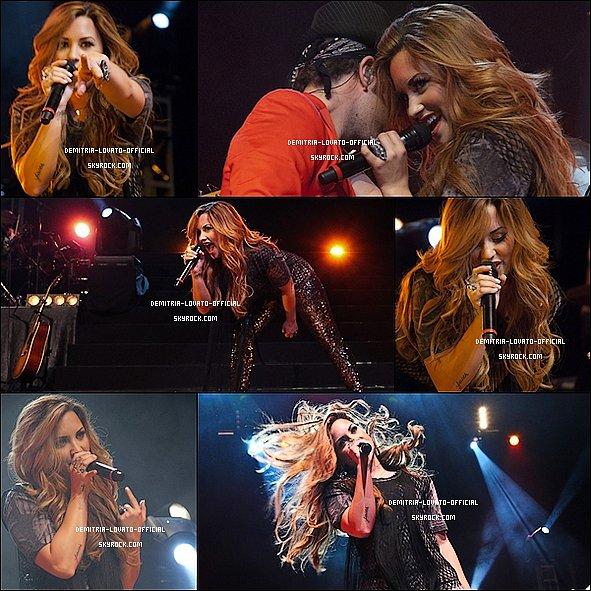 - 20.04.2012 Demetria Lovato a donnée un concert a São Paulo au Brésil  -