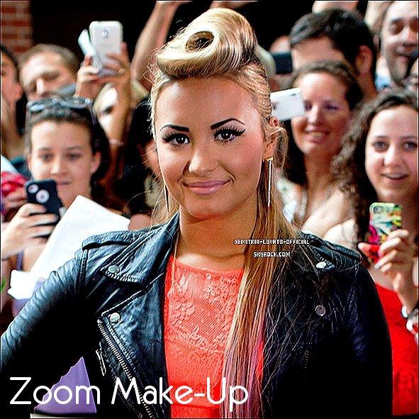 -08.07.2012 Demi Lovato a était au audition pour X-Factor a Greensboro, Caroline du Nord -