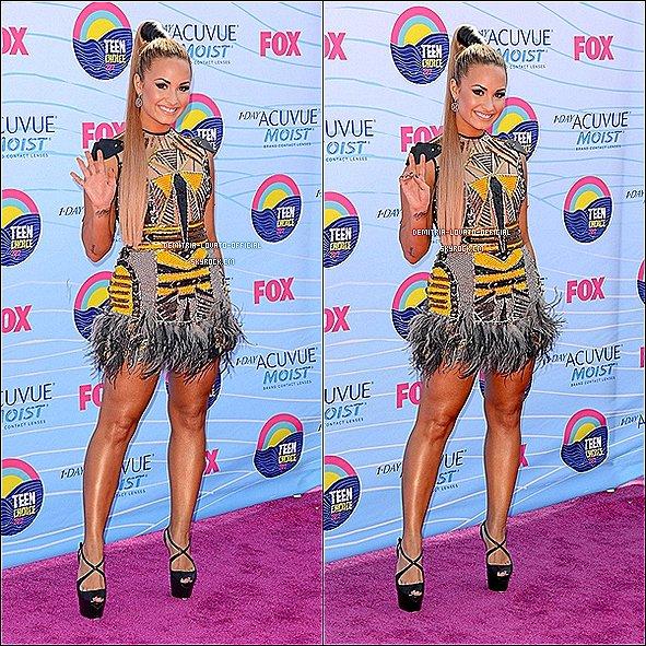 -20.07.2012 Demi & Kevin McHale ont présentaient les Teen Choice Awards 2012 à LA  Demi Lovato a remportée 2 Awards sur 4 dont : Choice Summer Music Artist  &  Choice Twit   -