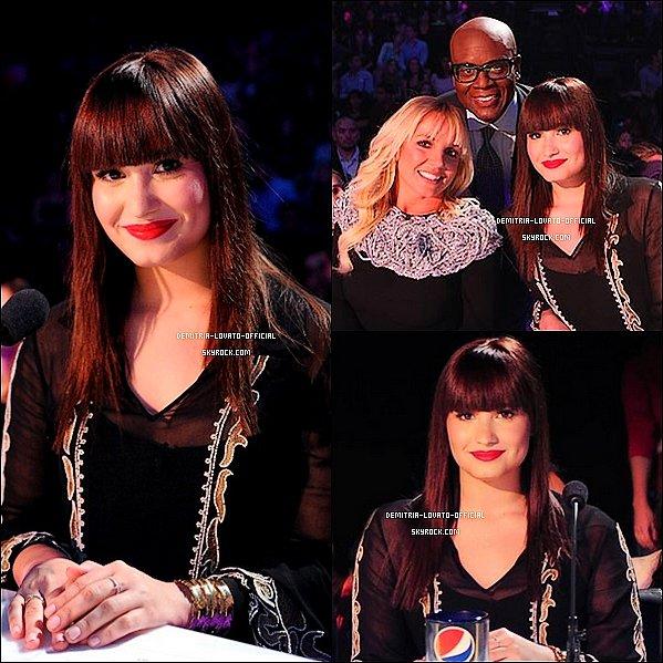 -31.10.2012 Demi a participait au premier Live Show de X-Factor, à Los Angeles, CA -