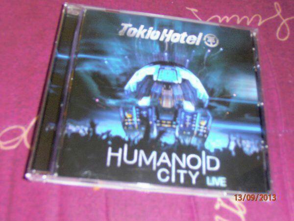 CD HUMANOID LIVE