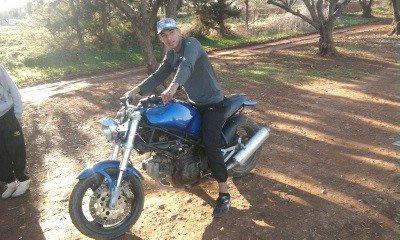 moi avec mon moto