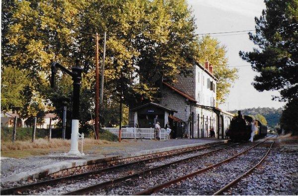 Séquence SOUVENIR N° 1  (ancienne ligne St jean du Gard - Enduze) en août 1990