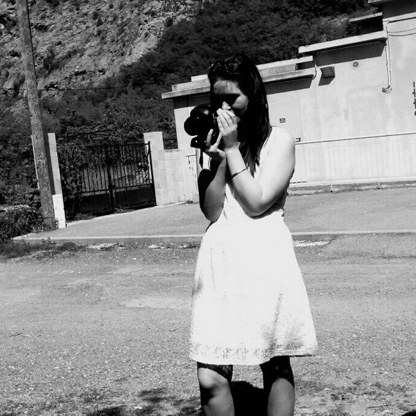.  « Une photographie, c'est un fragment de temps qui ne reviendra pas. »