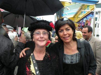 un petit tour et puis non, une photo avec Madame chapeau, oui (no coment )