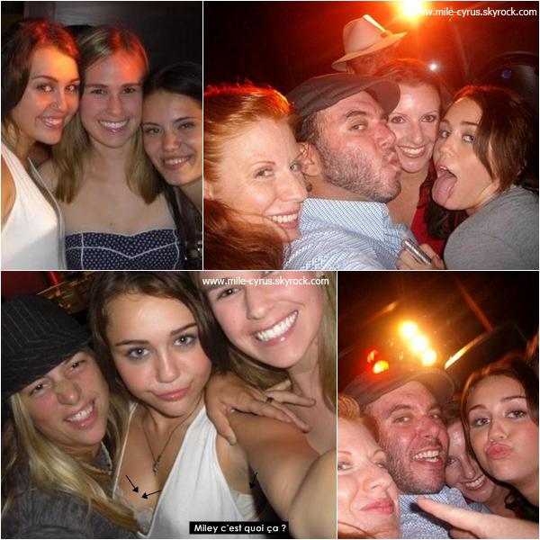 .  Photos de Miley et ses co-stars de The Last Song qui ont été prises pendant le tournage. .