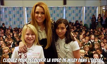 .  .   ________  Miley Cyrus en Angleterre!  .   LONGUE JOURNÉE DE DÉDICASSES ET DE PHOTOCALL À DERBY. .   Mardi 9 novembre fut certainement une très longue journée pour notre chère Miley, elle a d'abord commencé sa journée en se rendant au un centre commercial nommé 'Asda'. Comme vous pouvez le remarqué, il y avait énormément de monde, cela dû être très fatiguant pour elle vu que c'est là qu'avait lieu la séance de dédicasses... Ensuite, toujours dans le centre commercial Miley est restée plus d'une heure à poser les mains dans les poches pour un photocall pour promouvoir sa ligne de vêtements « Miley Cyrus And Max Azria ». Elle a finit sa journée par... (SURPRISE) rendez-vous fin de l'article!   .  .