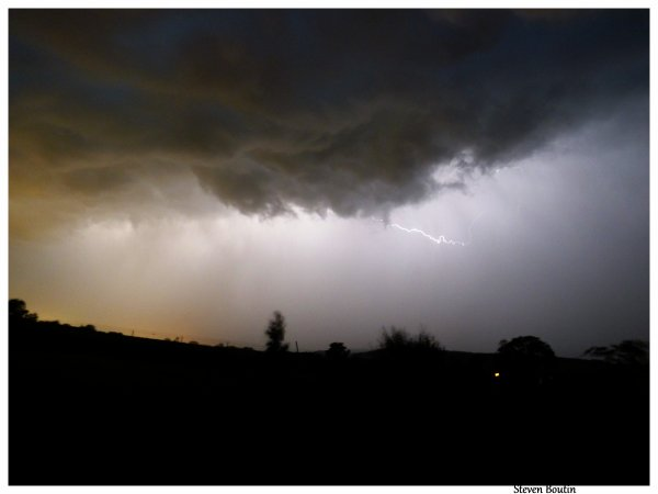 Quand le ciel de nuit s'illumine... Spectacle de son et lumière.