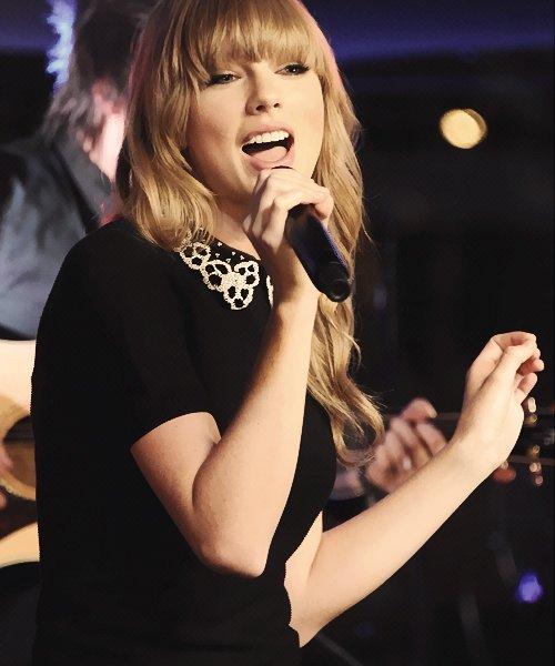 Concert privé à Paris le 28 Janvier ! Taylor a chanté 22, I Knew You Were Trouble, We Are Never Ever Getting Back Together, Love Story, et You Belong With Me.