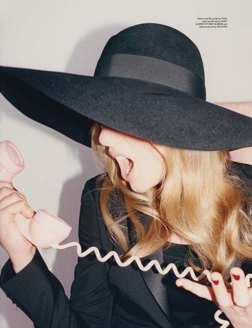 Taylor pose pour le magasine Wonderland - J'adore les photos !
