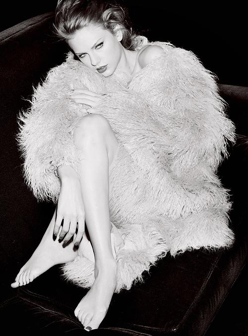Taylor fait la couverture de Vanity Fair (Septembre 2015)