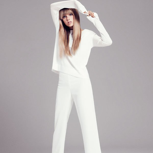 Couverture et photoshoot pour Harper's Bazaar.