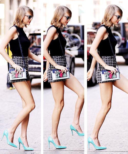 24 Mai : Taylor a chanté 7 de ses chansons sur la scène du festival anglais Big Weekend de la BBC Radio 1.