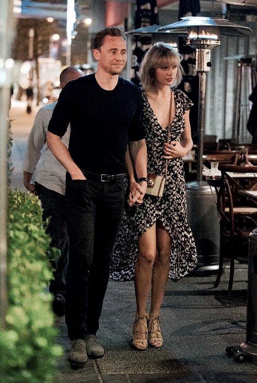 Le 10 Juillet, Tom & Taylor sont sortis dîner au restaurant sur la côte est de l'Australie.