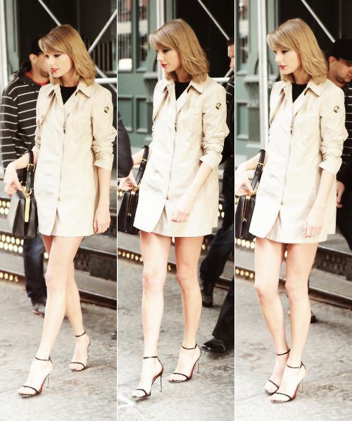 24 Avril : retournant à son appartement, toujours à New York