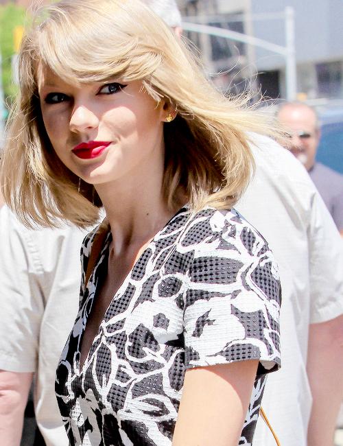13 Mai : Taylor a posté cette photo sur Instagram