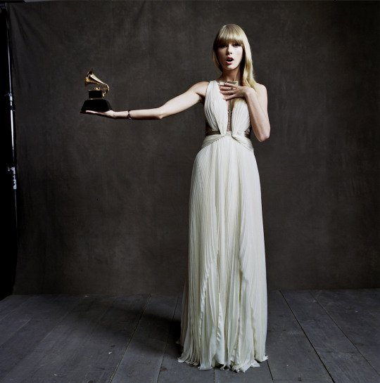 Le 05 Février, Taylor s'est rendue dans un salon de manucure à Beverly Hills