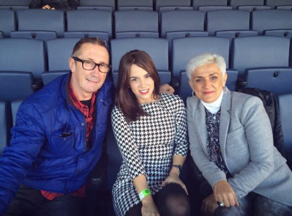 Erika Choperana & les parents d'Antoine Griezmann