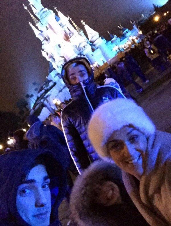 Erika, Antoine & Theo Griezmann a DisneyLand