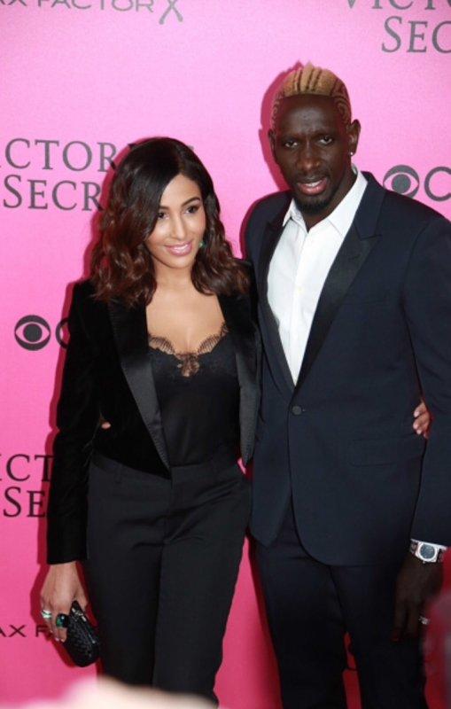 Majda & Mamadou Sakho au défilé Victoria's Secret à Paris