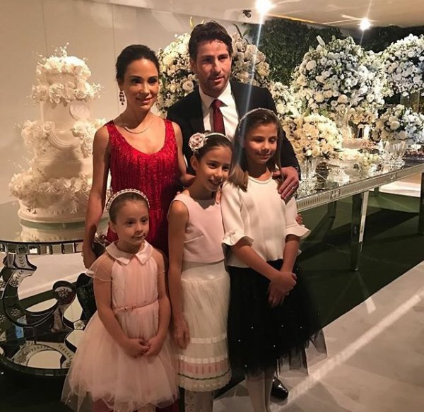 Giulia & Maxwell lors du mariage de Larissa & Lucas!