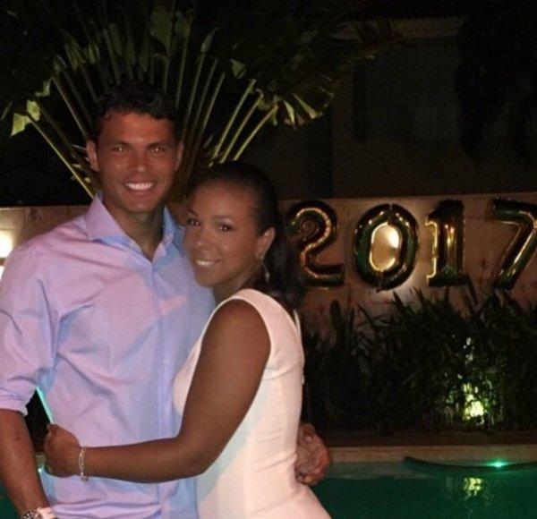 Isabelle & Thiago Silva fêtent le réveillon!
