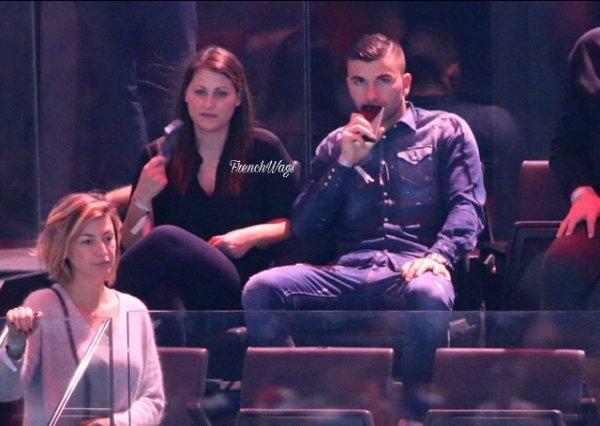 Anthony Lopes et sa femme lors de la finale France - Norvège