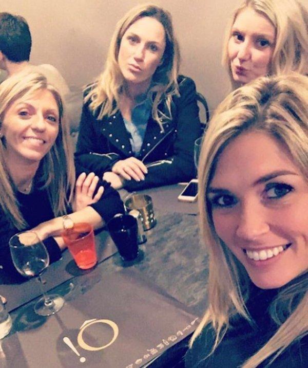 Valérie, Laura, Élodie et une amie à Lille