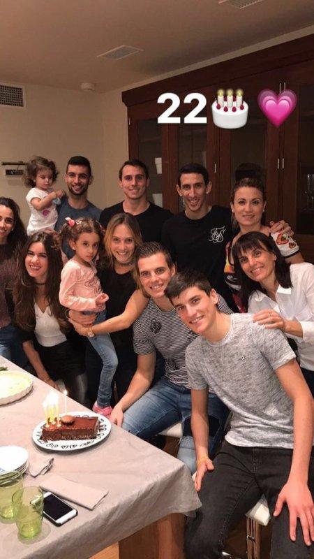 Magui & Giovani, Jorgelina & Angel avec Chiara & Javier lors de l'anniversaire de Magui