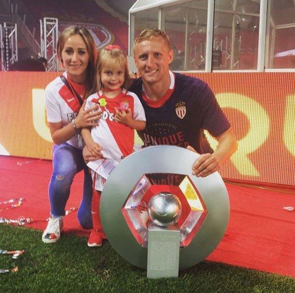Marta & Kamil Glik fêtent le titre de l'AS Monaco à Louis II