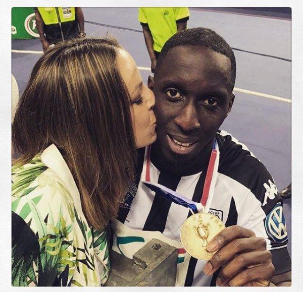 Nathalie & Issa Cissokho lors de PSG - SCO Angers