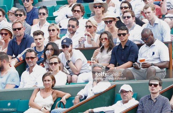 Déborah & Thomas Meunier avec Isabelle & Thiago Silva à Roland Garros