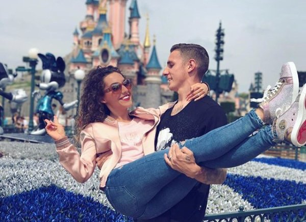 Tiziri & Lucas Digne a Disneyland