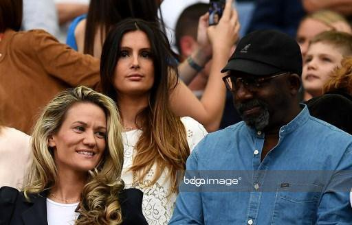 Marine Lloris & Claire Koscielny lors de France - Angleterre au Stade de France