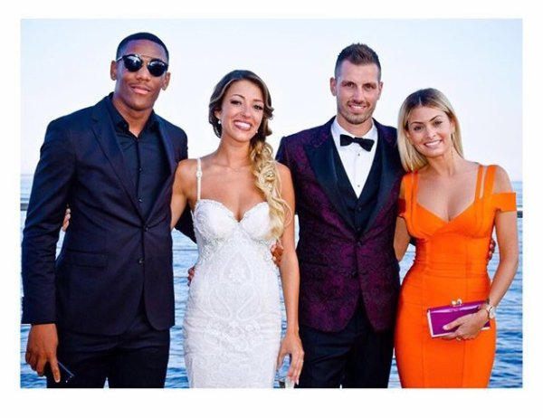 Mélanie & Anthony Martial avec Camille & Morgan Schneiderlin
